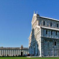 Piazza_dei_miracoli_-_Pisa